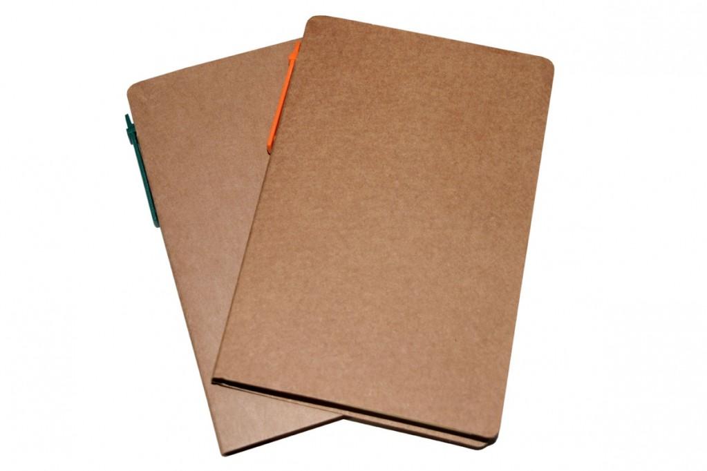 Bloco de anotações com caneta ecológico