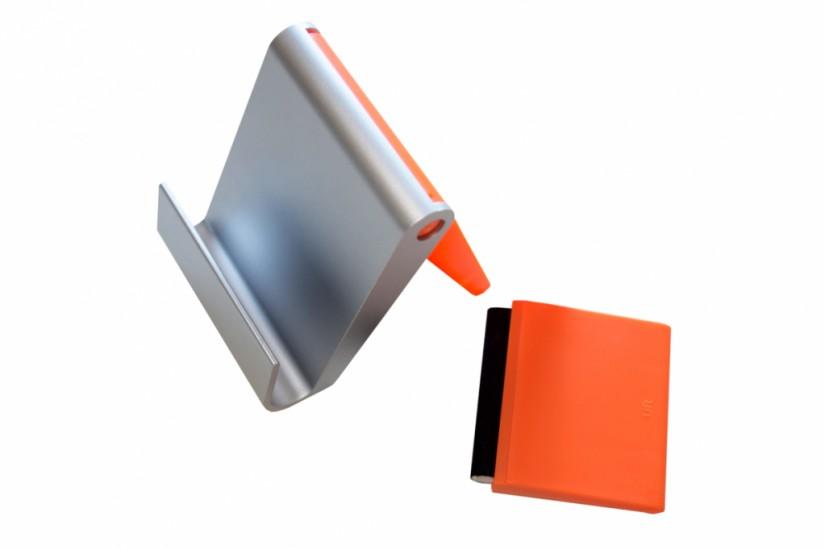 Foto de Porta celular de mesa com limpador de tela